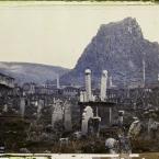 Turquie, Afion-Kara-Hissar, Vue Générale de la Citadelle et Vieux Cimetière