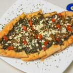 Tradisional Turkish dishes, ground meat pide