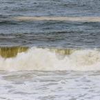 Waves breaking on the shores of Cape Cod (Jan Ekin)