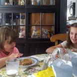 M&M! Mina and Mina having lunch