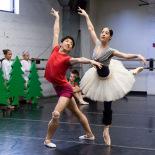 Jennifer Ricci (Princess Florine) and Harry Yamakawa (Bluebird) in their Act III pas de deux