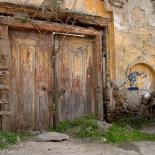 Door, Tire