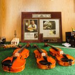 The violins point to the master luthier Prier
