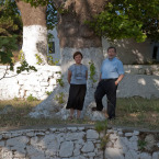 Binnaz and Ergun under the plane tree at Ayazma