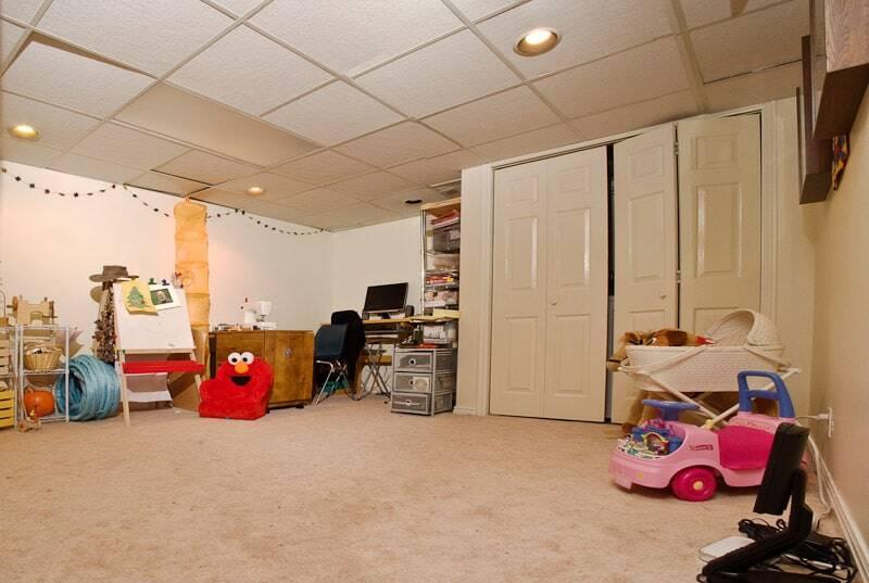 Mina's Play Room