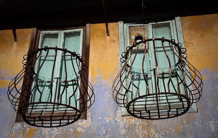 Windows, Ayvalik