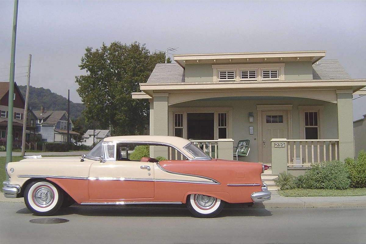 '55 Oldsmobile with Bungalow