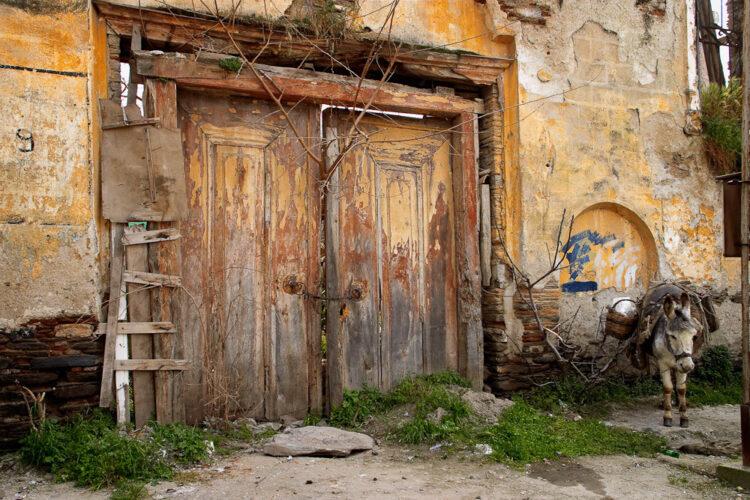 Door To Nowhere, Tire 2003