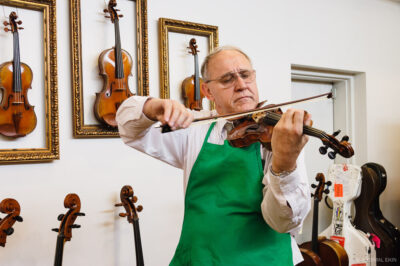 Peter Prier Master Luthier