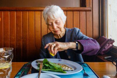 Jan enjoying a bonito at Ismet Baba